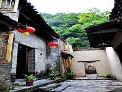 Yangshuo Valleluna Hotel | Hotel in Yangshuo