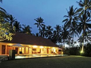 Villa Rumah Pantai Bali - Villa