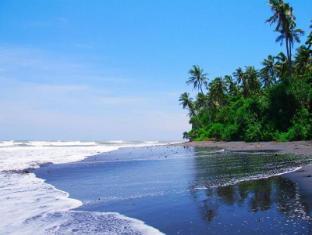 Villa Rumah Pantai Bali - Beach