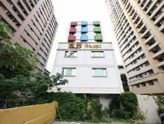 Hotel in Taiwan   Gaudi Hotel