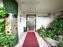 Gaudi Hotel: exterior