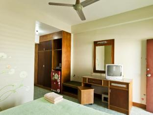 Baan Nitra Guesthouse Phuket - Guest Room