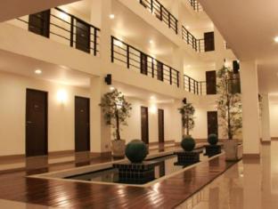 中庭拉卡達標14飯店