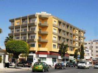 /sunflower-hotel-apartments/hotel/larnaca-cy.html?asq=5VS4rPxIcpCoBEKGzfKvtBRhyPmehrph%2bgkt1T159fjNrXDlbKdjXCz25qsfVmYT