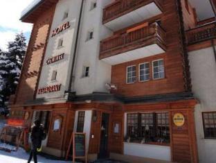 /hotel-cheminee/hotel/zermatt-ch.html?asq=vrkGgIUsL%2bbahMd1T3QaFc8vtOD6pz9C2Mlrix6aGww%3d