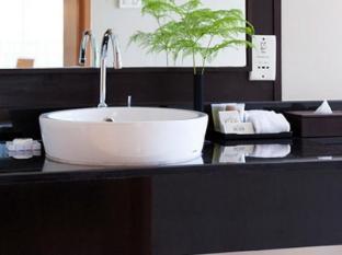 Viva Garden Serviced Residence Bangkok - Bathroom