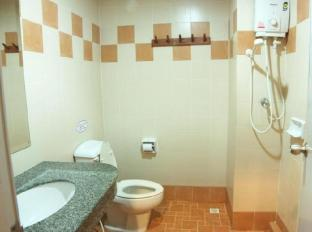 Opey De Place Pattaya Pattaya - Bathroom
