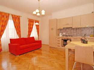Residence Ai Quattro Angeli Prague - Quadruple Apartment