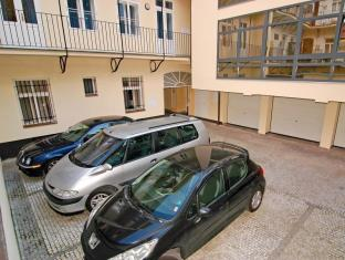 Residence Ai Quattro Angeli Prague - Secure Parking