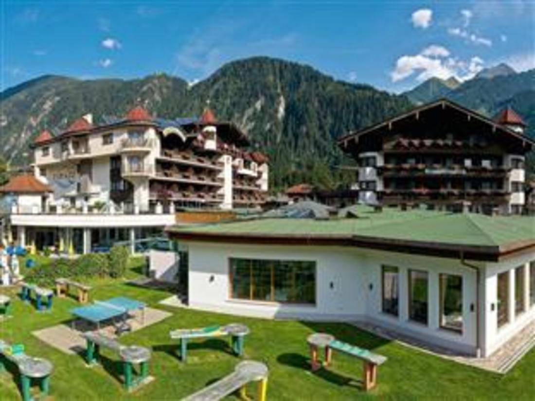 Sporthotel & Hotel Strass