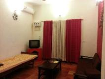 Smiley Holidays Serviced Apartments: interior
