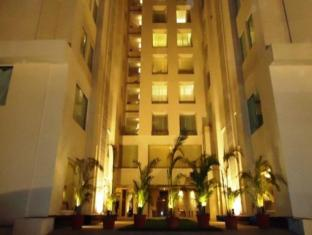/fortune-park-ahmedabad/hotel/ahmedabad-in.html?asq=jGXBHFvRg5Z51Emf%2fbXG4w%3d%3d