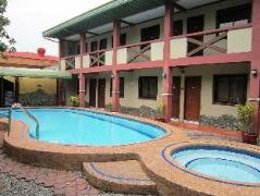 Saltimboca Tourist Inn | Philippines Budget Hotels