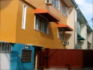 1775 Adriatico Suites Manila - Facade