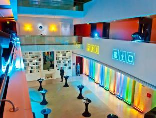 Hues Boutique Hotel Dubai - Interior