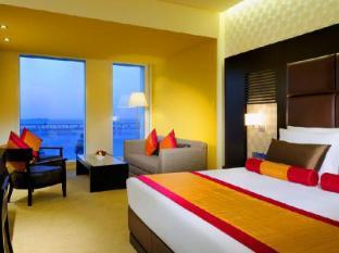 Hues Boutique Hotel Dubai - Guest Room