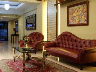 Ecoland Suites Давао Сити - Лобби