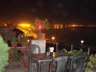 /rahul-guest-house/hotel/varanasi-in.html?asq=jGXBHFvRg5Z51Emf%2fbXG4w%3d%3d