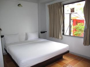 Relax Guest House फुकेत - अतिथि कक्ष