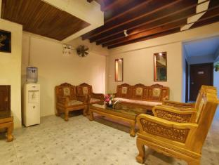 Relax Guest House Phuket - Fuajee