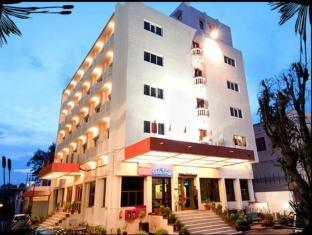/hotel-atithi/hotel/agra-in.html?asq=jGXBHFvRg5Z51Emf%2fbXG4w%3d%3d