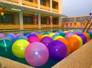Khounxay Hotel Vientián - Piscina