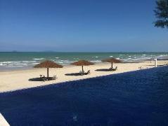 Villa Danialla Beach Resort | Malaysia Hotel Discount Rates