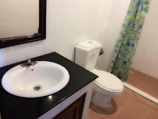 Riverside Hotel Vientiane - Bathroom