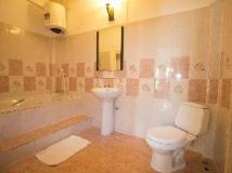 Sayo River: bathroom