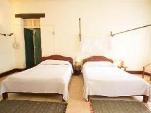 Sayo Xieng Mouane: guest room