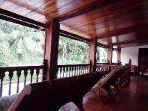 Oui's Guesthouse: balcony/terrace