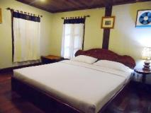Oui's Guesthouse: guest room