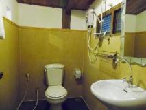 Oui's Guesthouse: bathroom