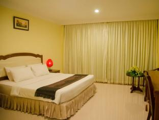 Golden Sea Hotel & Casino Sihanoukville - Deluxe Room