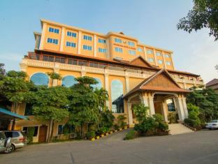 Golden Sea Hotel & Casino Sihanoukville - Golden Building
