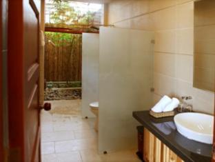 Aniise Villa Resort Phan Rang - Thap Cham (Ninh Thuan) - Standard Villa Bathroom