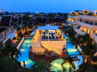 Phunawa Resort Phuket - Împrejurimi