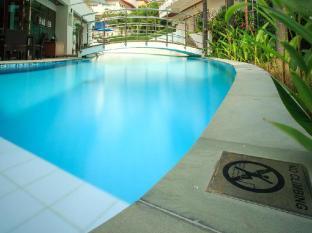 Phunawa Resort Phuket - Piscină