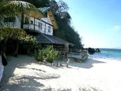 Hotel in Philippines Puerto Galera   Luca's Cucina Italiana & Lodge