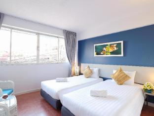On Hotel Phuket - Standard Twin Room