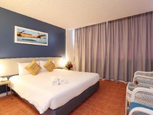 On Hotel Phuket - Standard City View