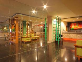 Spazzio Bali Hotel Бали - Лоби