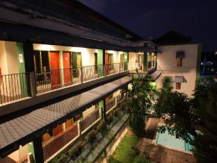 Spazzio Bali Hotel Bali - Hotellet från utsidan