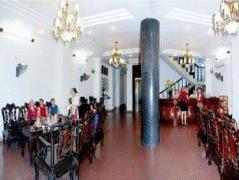 Nhat Le Hotel | Vietnam Budget Hotels