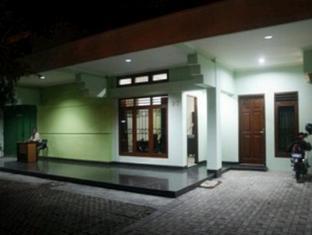 Soerabaja Place Guest House Surabaya - Interior