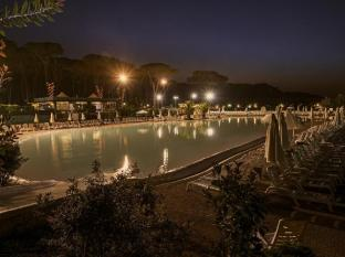 Camping Village Fabulous Rome - Swimming Pool