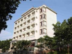 Hoa Binh Ha Long Hotel | Halong Budget Hotels