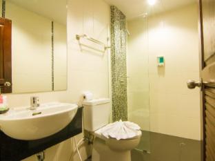 Patong Hemingway's Hotel Phuket - Badezimmer