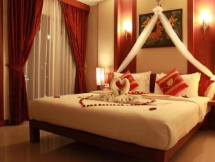 Patong Hemingway's Hotel Phuket - Otelin İç Görünümü