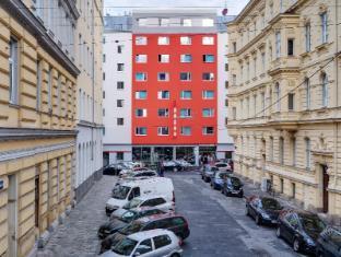 /ms-my/meininger-hotel-wien-downtown-franz/hotel/vienna-at.html?asq=jGXBHFvRg5Z51Emf%2fbXG4w%3d%3d